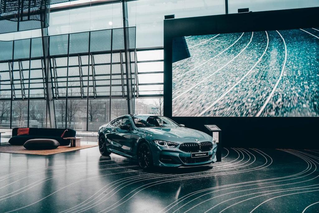 Een autolening om deze prachtige nieuwe auto te kopen?
